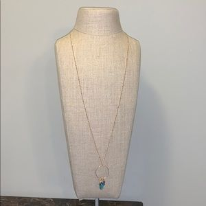 Long necklace gold